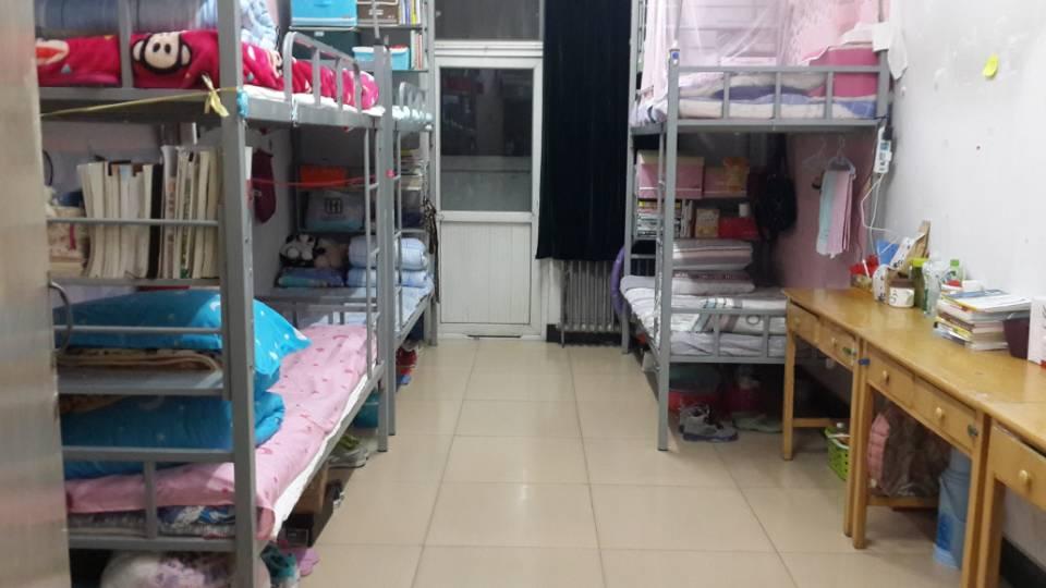 请问海南工商职业学院女生宿舍冷天有热水洗澡
